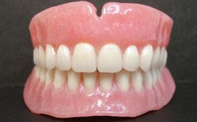 Denture1